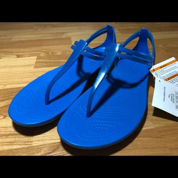 ef3e7ffc59b0 Crocs Isabella T-Strap Cobalt Blue Sandals Sz 7
